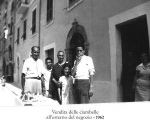 Vendita-delle-Ciambelle-1962